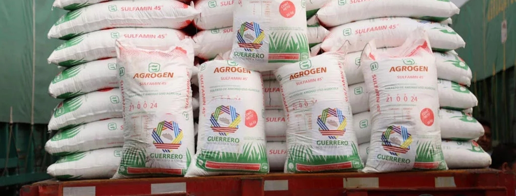 Agrogen monopoliza el reparto del fertilizante en Guerrero