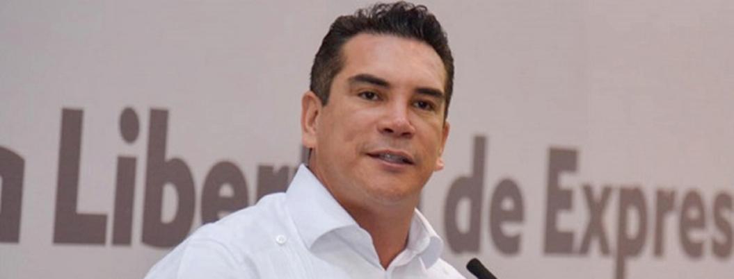 Alejandro Moreno pide licencia en Campeche; va por dirigencia del PRI