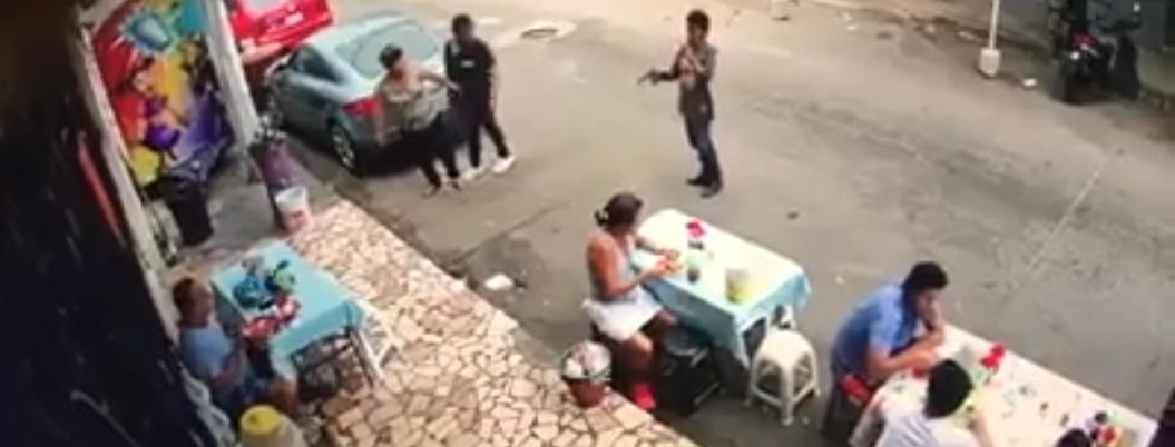 Comensales sufren asalto armado en Hogar Moderno, Acapulco