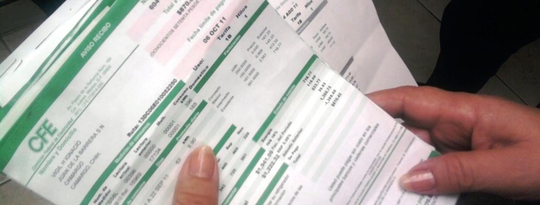 CFE borra deudas históricas de 400 usuarios en Tabasco