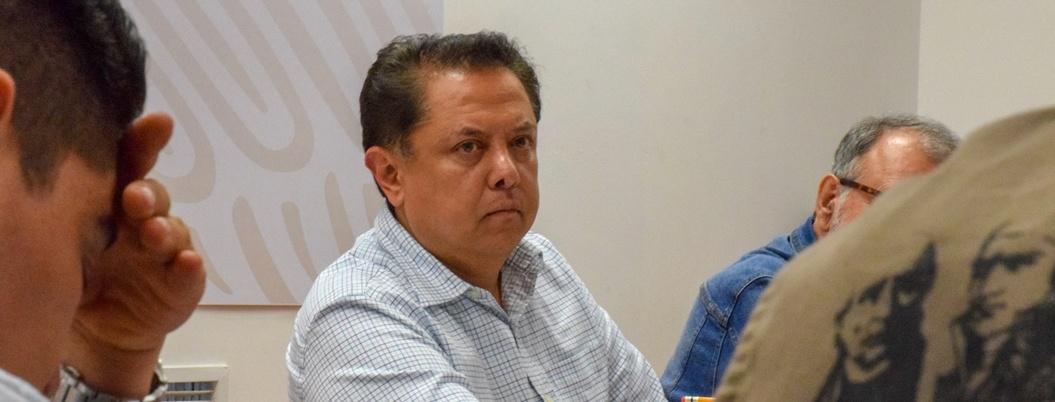 """""""Basta de golpes bajos, hay que entregar el fertilizante"""": Sandoval"""
