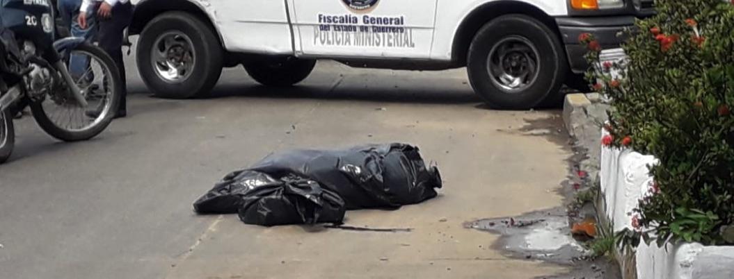 Abandonan restos humanos cerca de escuela UAGro en Acapulco