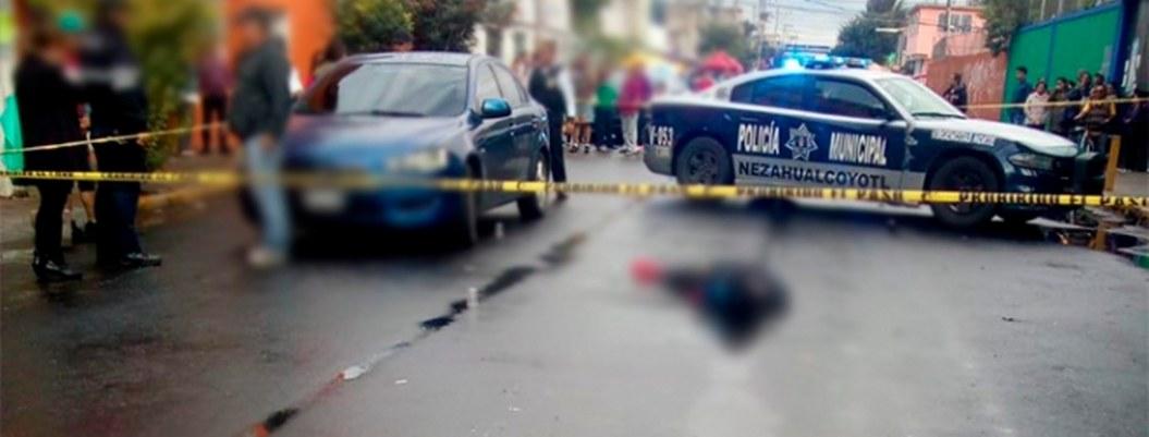 Balacera deja un padre muerto y un niño herido afuera de escuela de Neza