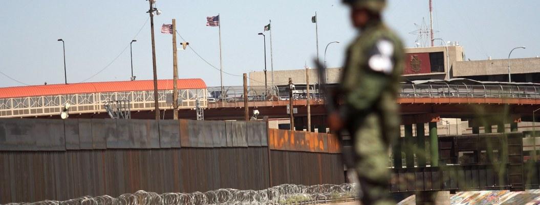 Hallan cuerpos de 3 niños y una mujer en la frontera entre México y Texas