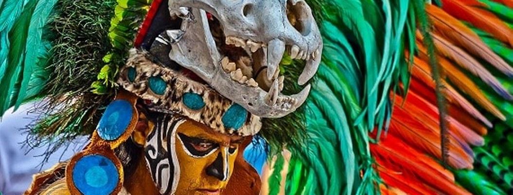 Guerreros acabaron con los mayas y usaron sus huesos para hacer collares