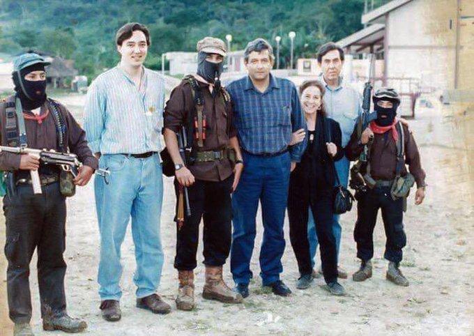 AMLO vs EZLN
