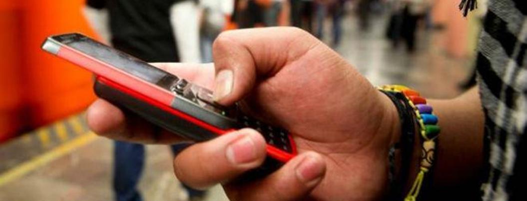 Roban mil 900 celulares todos los días en la CDMX