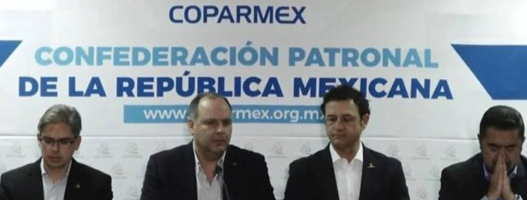 Coparmex se lanza contra la estrategia energética de Obrador