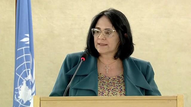 'Violan a niñas pobres por no usar ropa interior': ministra brasileña