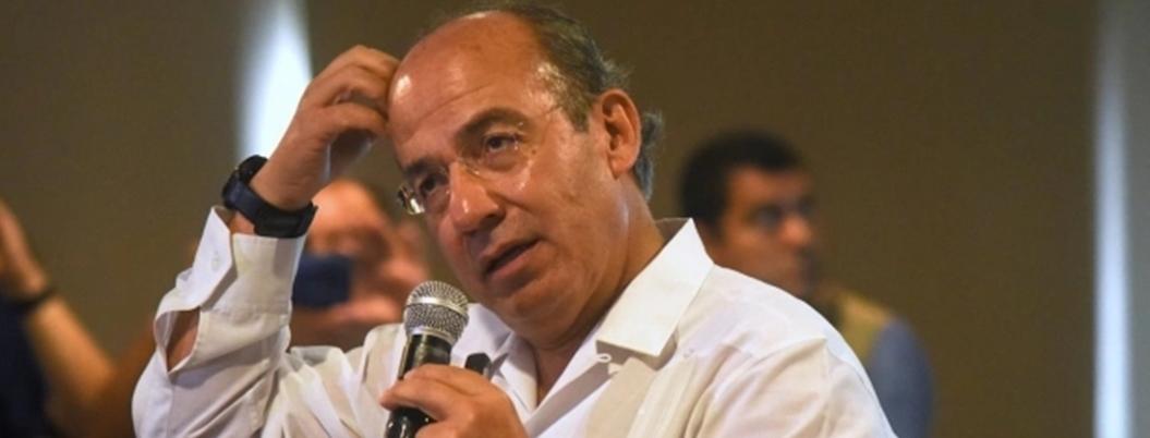 AMLO acusa a Calderón de entregar 26 millones de hectáreas a mineras