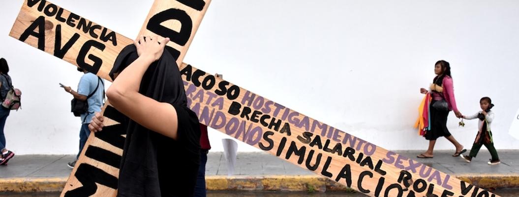 Feminicidios, una tragedia heredada con la que no puede Andrés Manuel