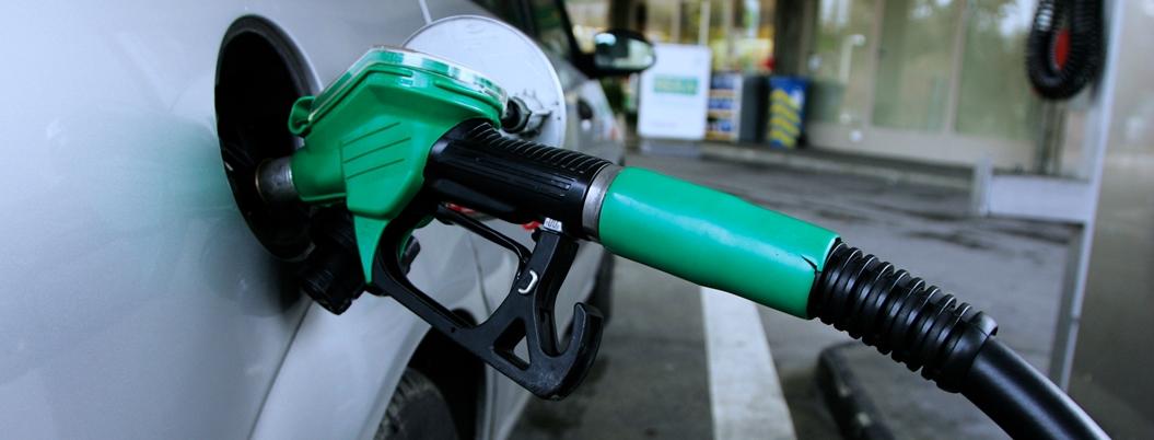 SHCP da otro impulso para abaratar la gasolina