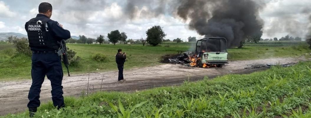 Huachicoleros agreden a Guardia Nacional en ducto de gas en Puebla