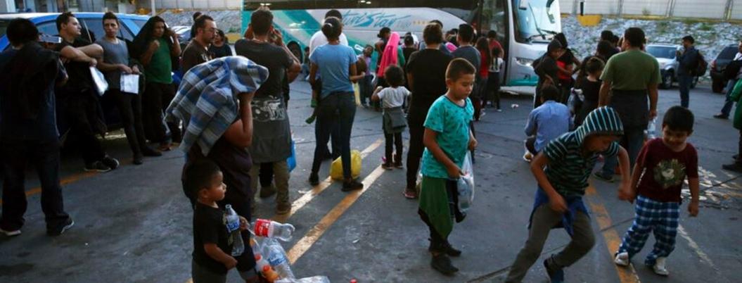 Polleros hacen negocio con redadas contra migrantes en México