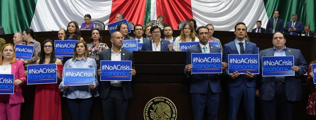 """PAN tiene otros datos: """"economía es un desastre con Andrés Manuel"""""""