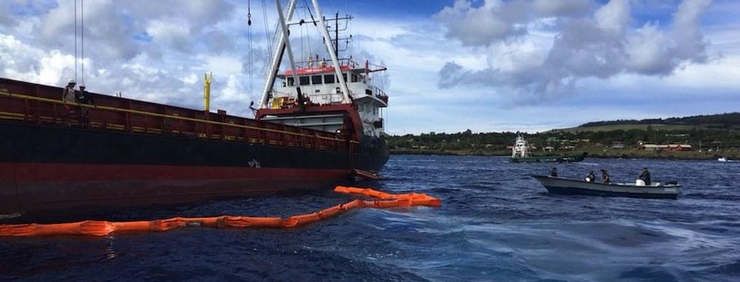 Derraman 40 mil litros de diésel cerca de costa chilena