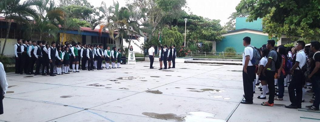 Denuncian cobro de cuotas en Bachilleres plantel 1 en Chilpancingo