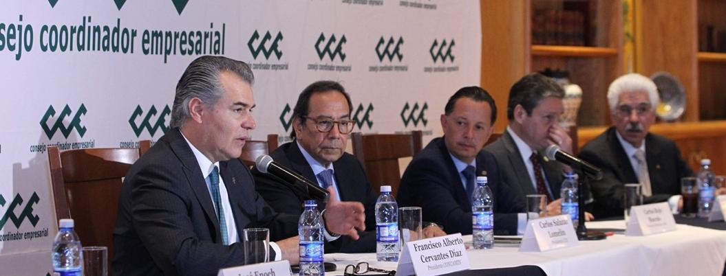 Empresarios consideran que Obrador no sacará del crimen a los jóvenes