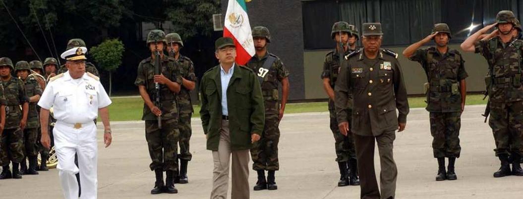 Calderón inició paquete de estrategias policiales fallidas en Michoacán