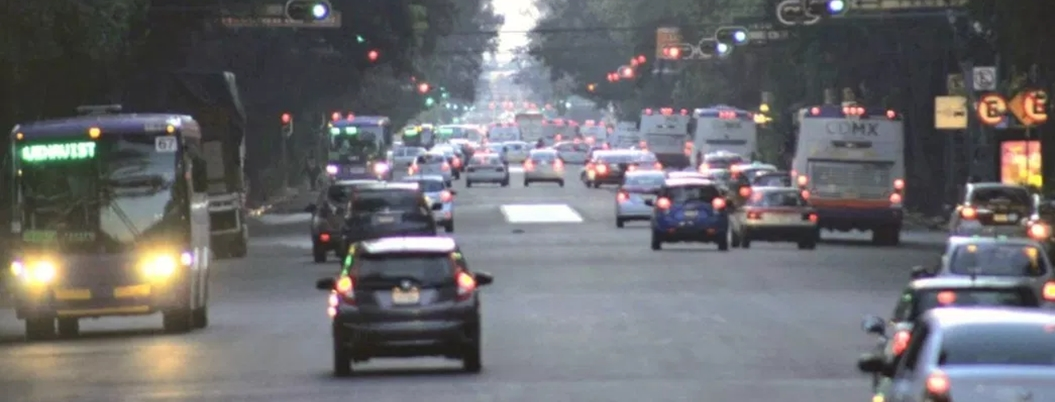 Este lunes, Hoy No Circula aplica para autos con engomado amarillo