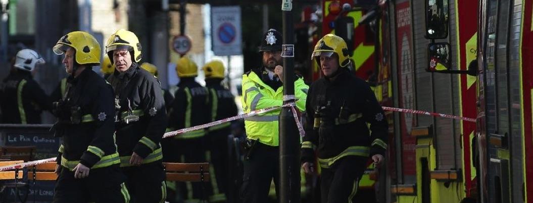 Desalojan estación del Metro de Londres; reportan detonaciones
