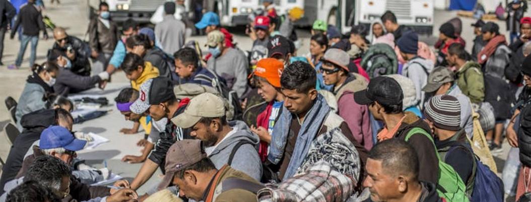 Centroamericanos desairan empleo temporal de AMLO en Tabasco