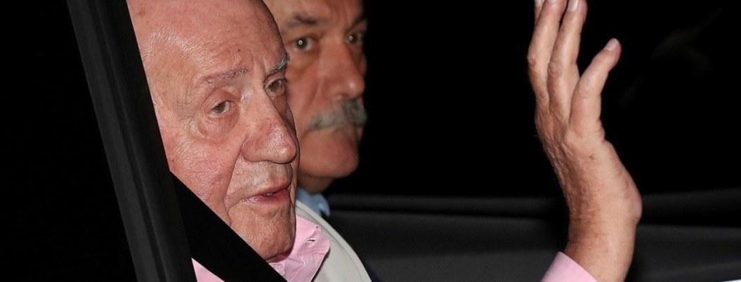 Operan con éxito del corazón al rey Juan Carlos de España