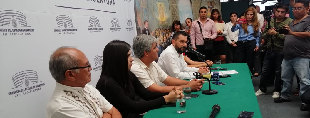 Salgado Guzmán se queda en Morena tras despotricar contra fertilizante