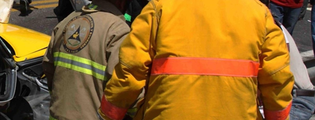 Volcadura de camioneta deja 8 muertos en la México-Laredo
