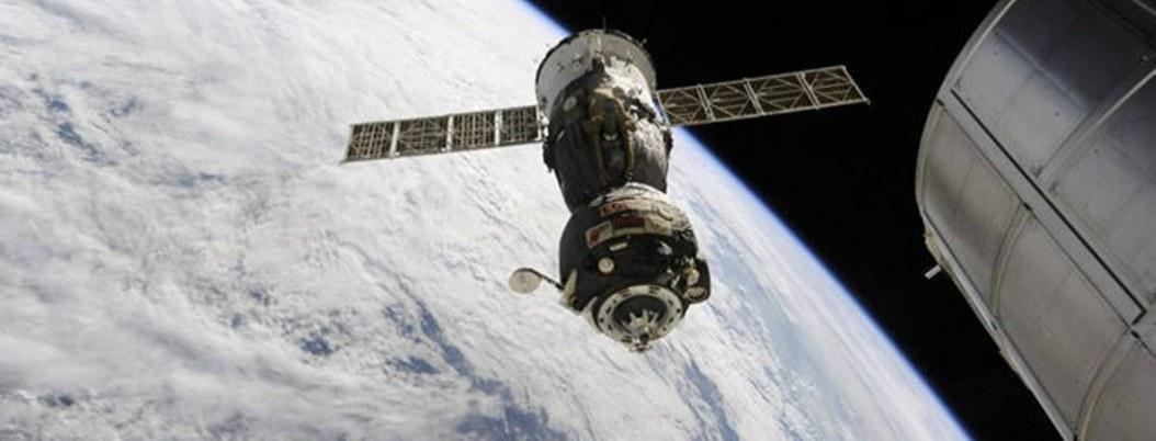 Nave rusa con el primer robot humanoide falló al acoplarse con la ISS