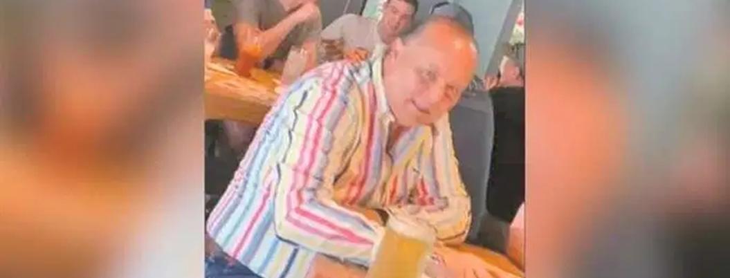 César Duarte anda muy feliz en bar de Nuevo México, EU