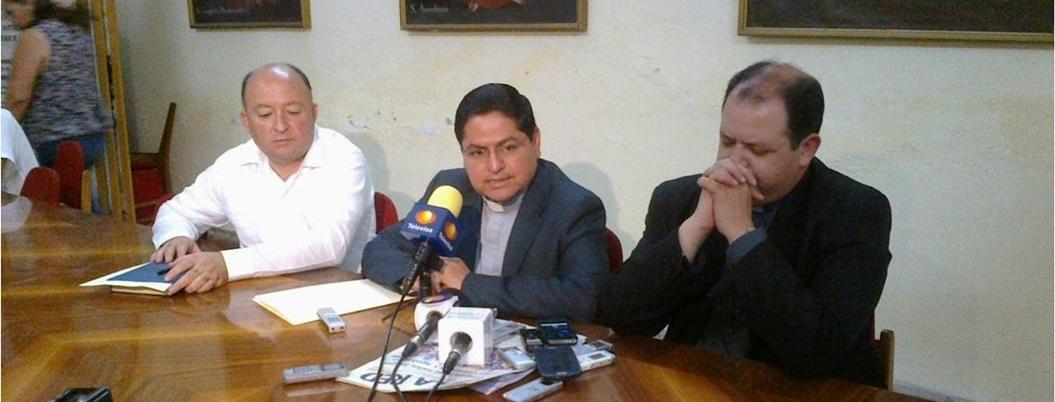 """""""AMLO se equivoca con exhortos a delincuentes"""", critica la Iglesia"""