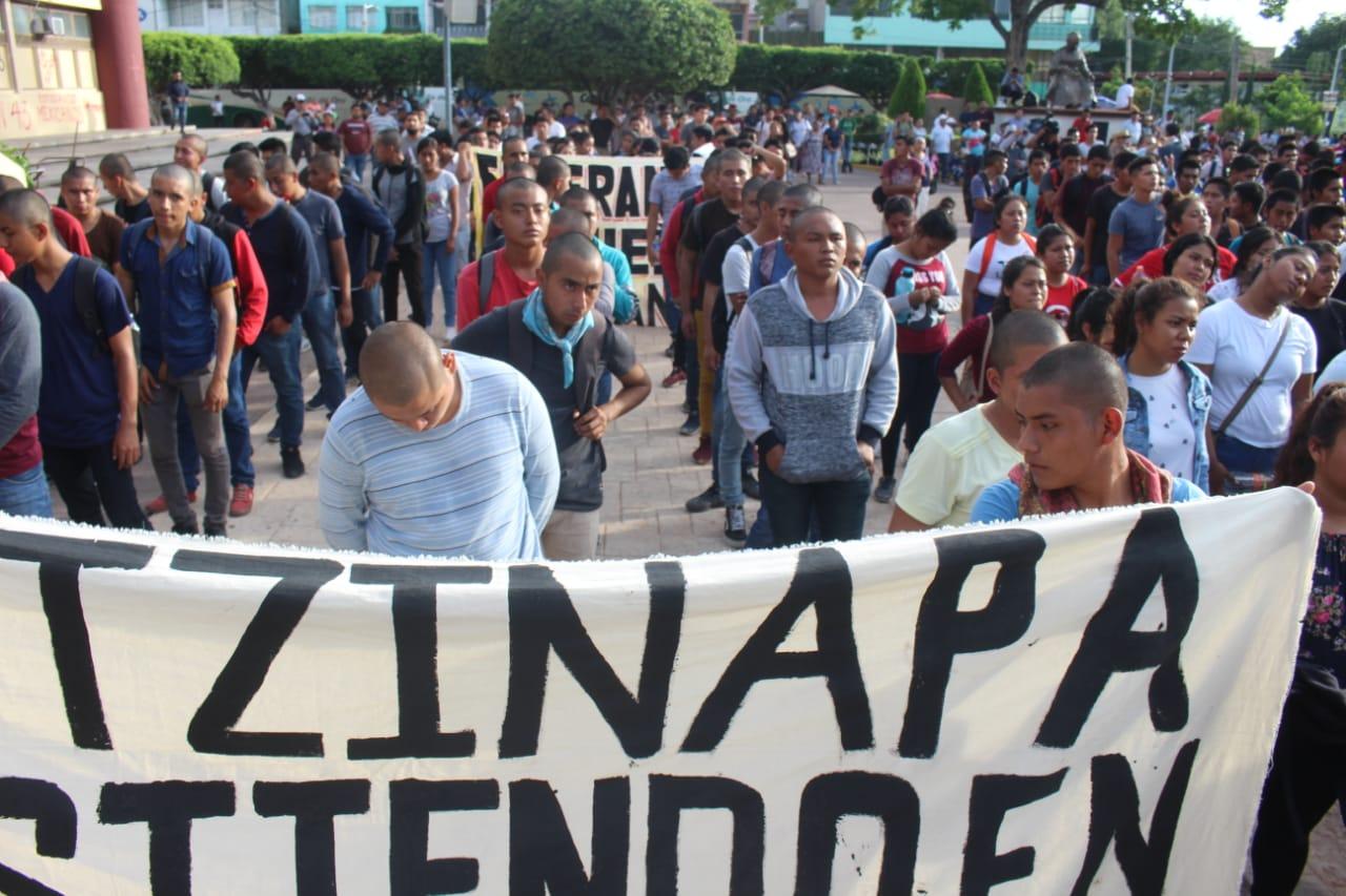 Padres Ayotzinapa 2