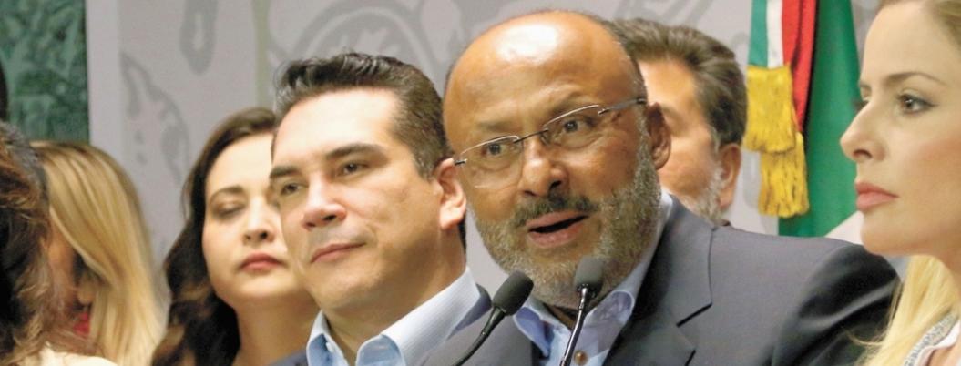 René Juárez manda a Morena a Júpiter a buscar diputados honestos