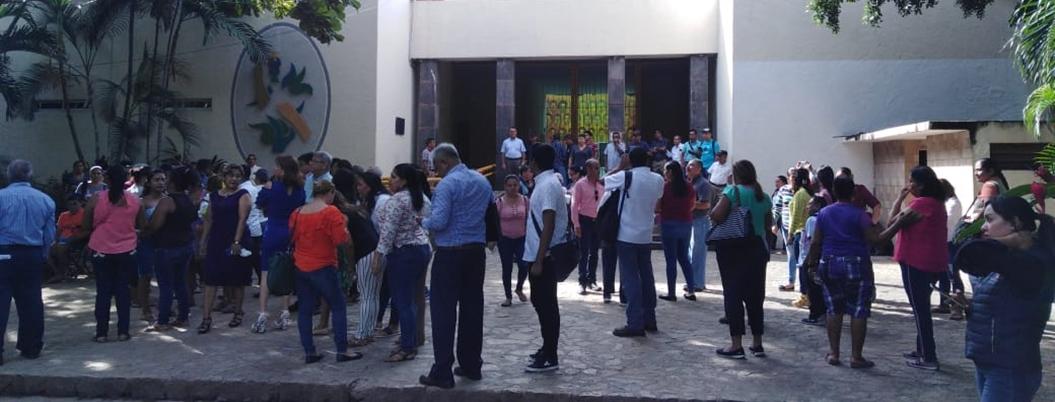 Trabajadores del Ayuntamiento cumplen con macrosimulacro en Acapulco