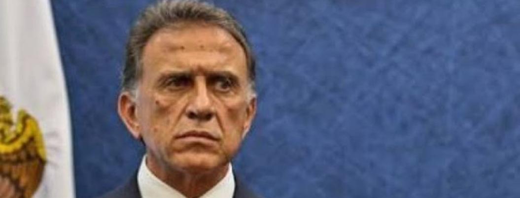 Pisan los callos a Yunes: detienen a funcionario de su administración