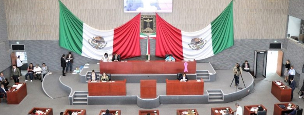 Diputados desconocen a la presidenta del Congreso de Morelos