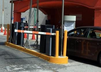 Gobierno de Acapulco pone orden en estacionamientos de comercios 4