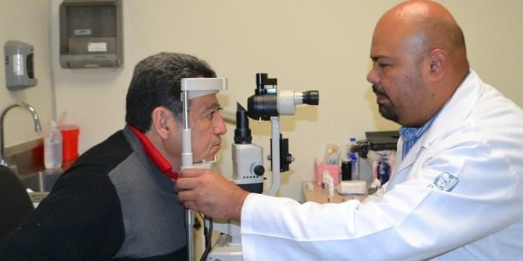 IMSS pretende incrementar su planta de médicos 1