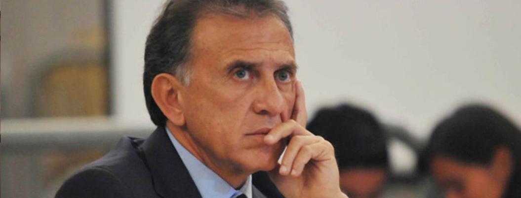 Yunes acusa a Andrés Manuel de violar el Estado de derecho
