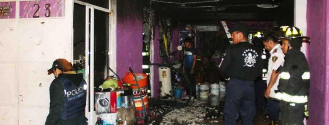Pobladores enfurecidos vandalizan casa de la alcaldesa de Cuerámaro