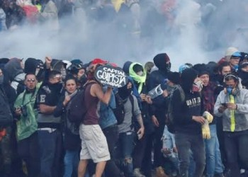 Duque decreta toque de queda en Bogotá por intensas protestas 7