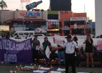 Mujeres marchan en Acapulco; exigen esclarecer los 231 feminicidios 1