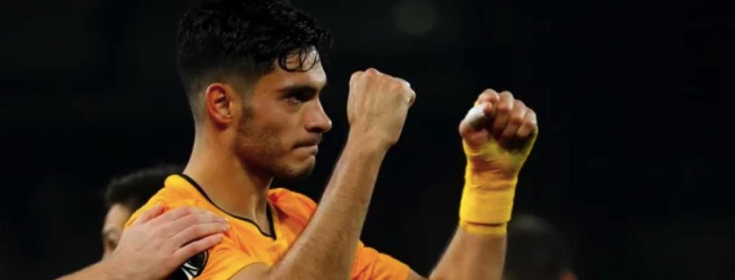 Raúl Jiménez da triunfo a los Wolves en el último minuto