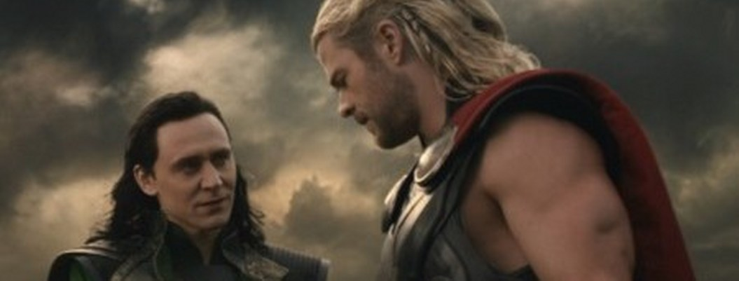 Tom Hiddleston confiesa que audicionó para Thor y le dieron a Lucky