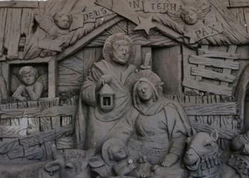 Artista recrea nacimiento de Jesús con arena en Chilpancingo 2