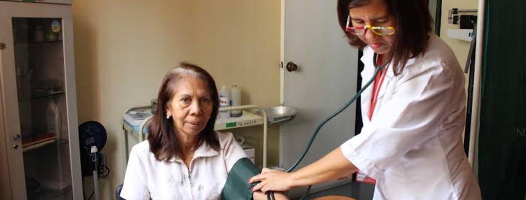 México carece de médicos que atiendan a adultos mayores