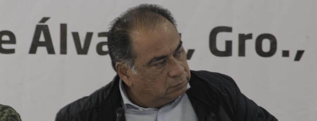 Gobernador reduce a lío de tierras asesinato de músicos en Chilapa