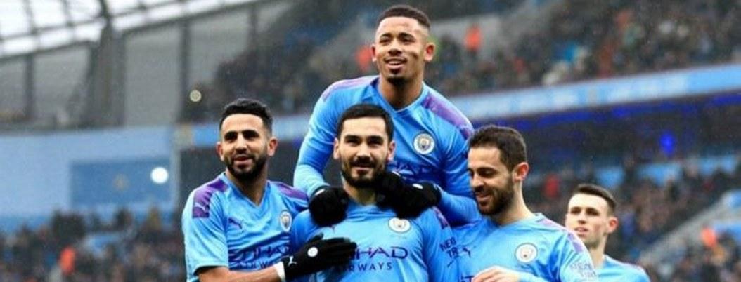 Manchester City golea a Fulham y se mete en octavos