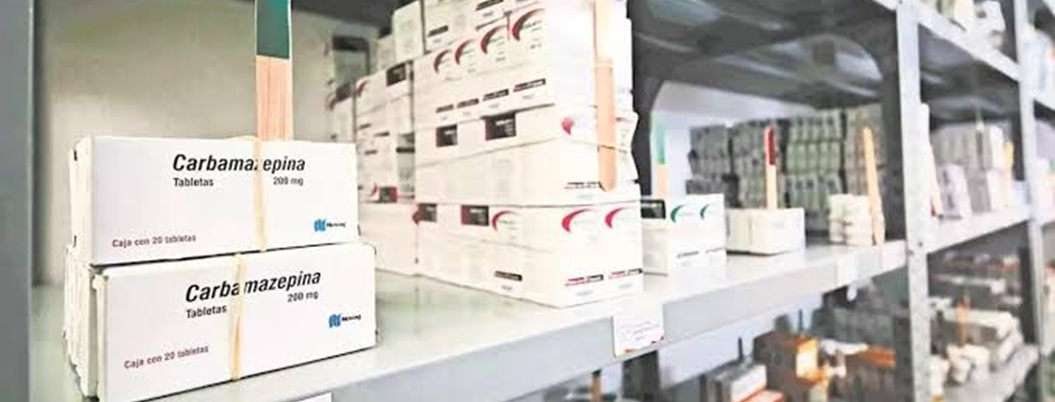 Gobierno comprará medicinas en el extranjero para evitar chantajes